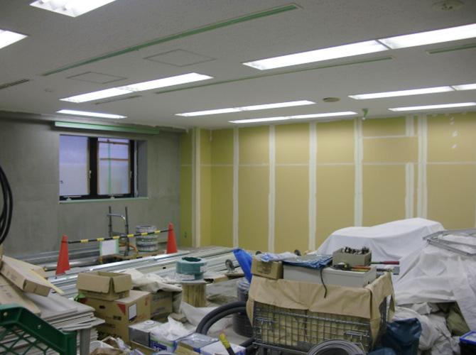 ビルの内装塗装工事の施工前