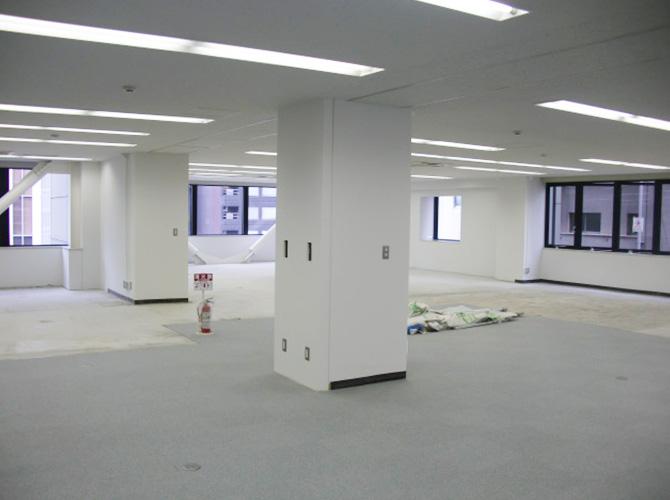 内壁だけではなく床の張り替えもお任せ下さい。