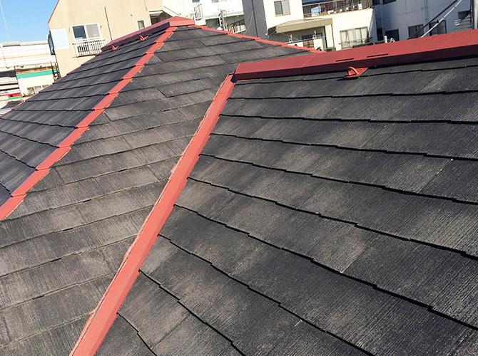 屋根の鉄部の錆止めの施工後のようすです。