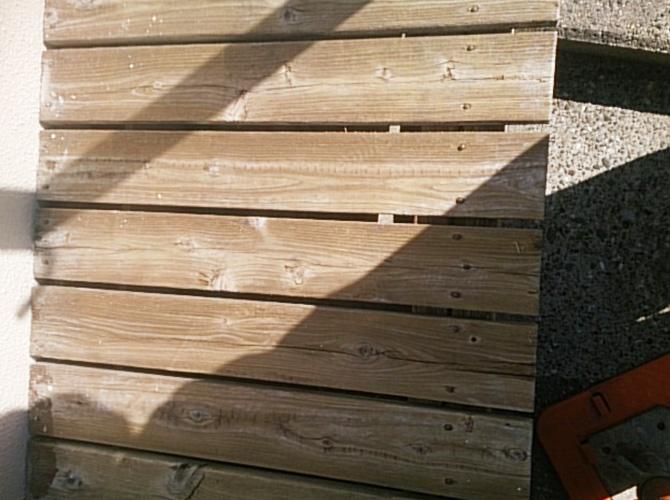 木部の塗装前の状態です。