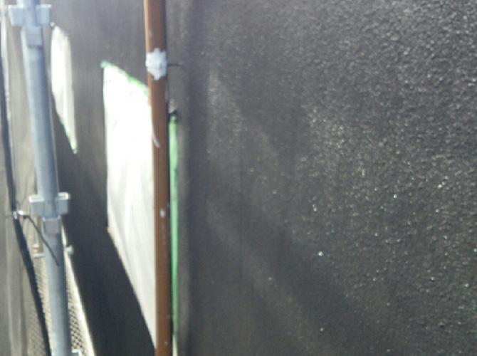 外壁塗装の上塗り施工完了後のようすです。