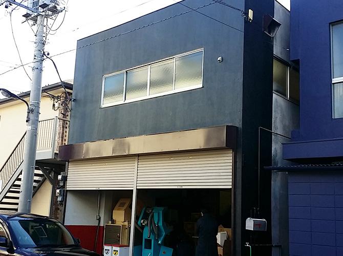 工場の外壁塗装・屋根修理工事はお任せ下さい。