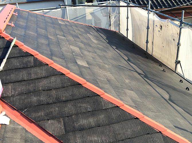屋根の錆止め塗装施工後のようすです。