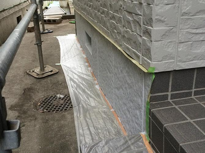 基礎の塗装工事完了後のようすです。