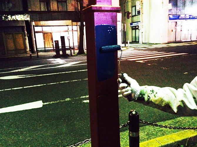 街路灯の中塗り塗装