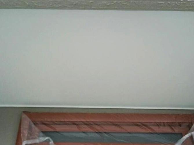 軒天の仕上塗り