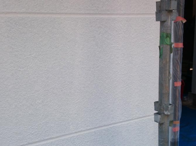 外壁塗装の下塗り完了後
