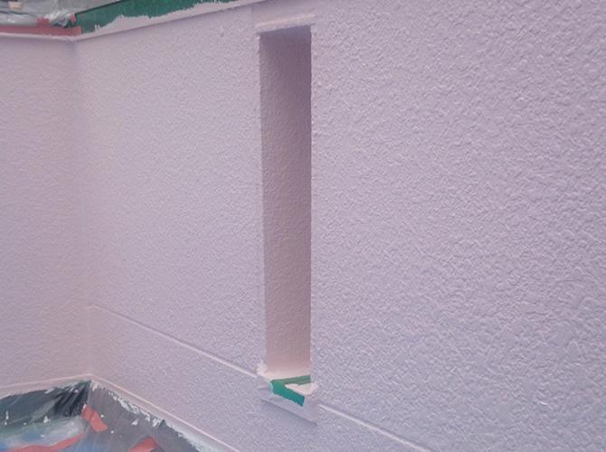 腰壁の塗装完了後