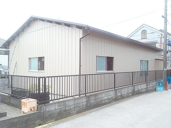 東京都足立区工場の外壁張替・屋根葺き替え工事の施工後