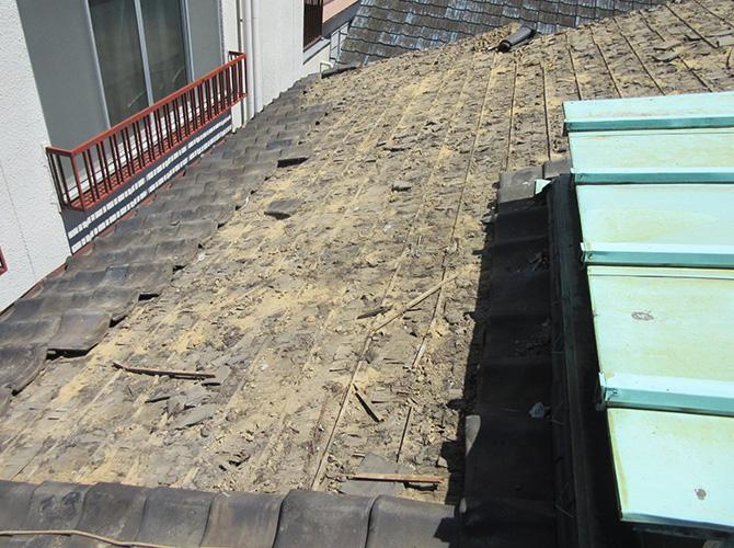 東京都品川区の鉄部錆止め塗装・屋根葺き替えの施工前