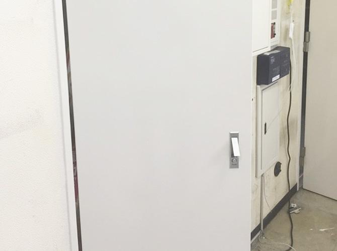 MB扉の塗装完了後