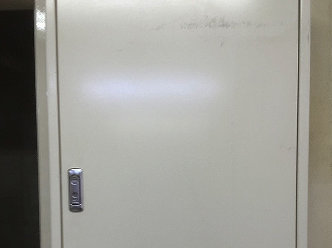 PS扉の塗装前