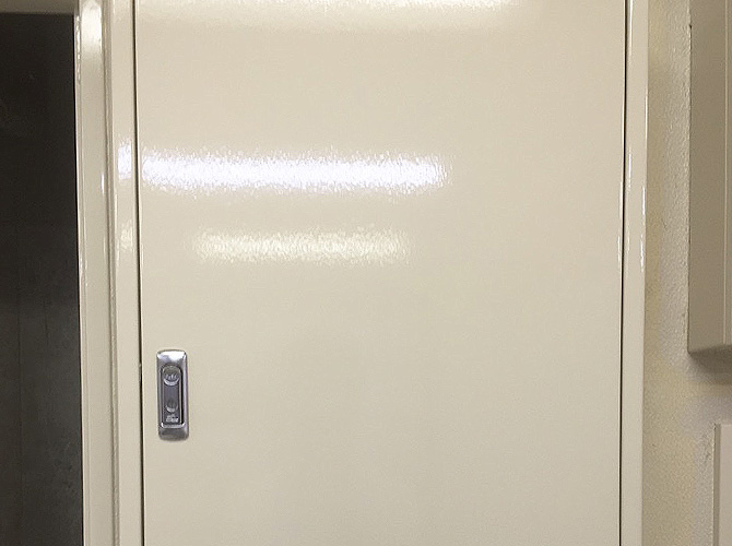 PS扉の塗装完了後