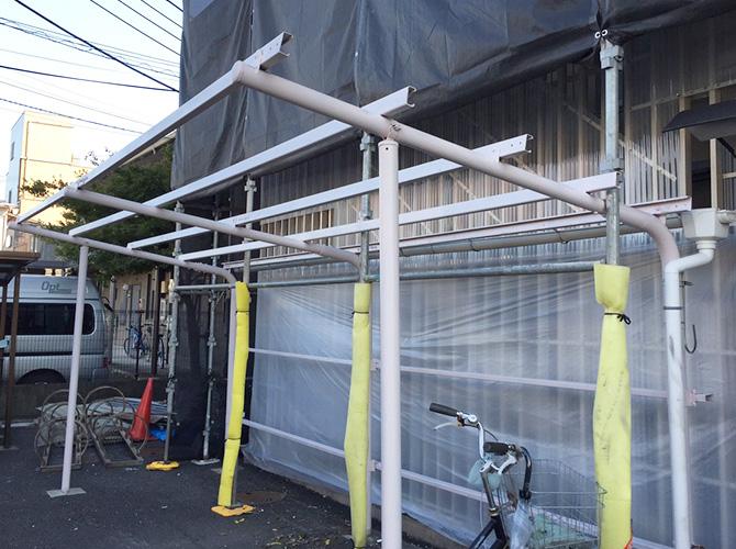 駐車場の下塗り施工後のようすです。