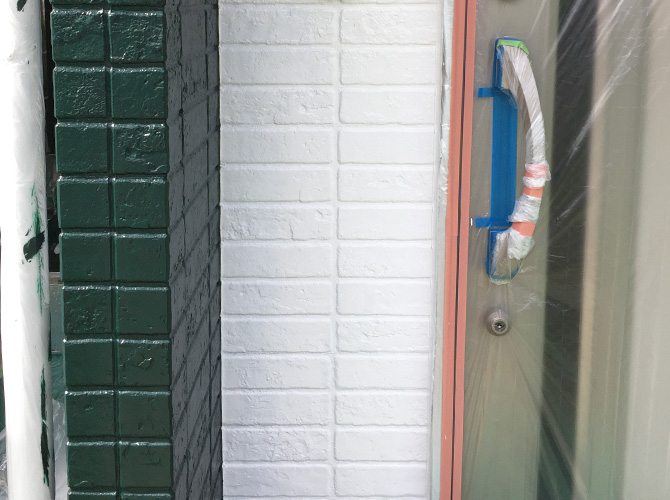 色分け部分の中塗り施工後のようすです。