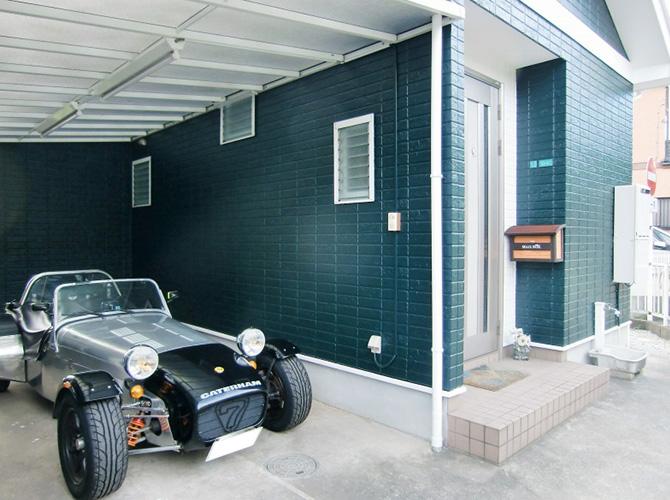 玄関周りの塗装完了後です。