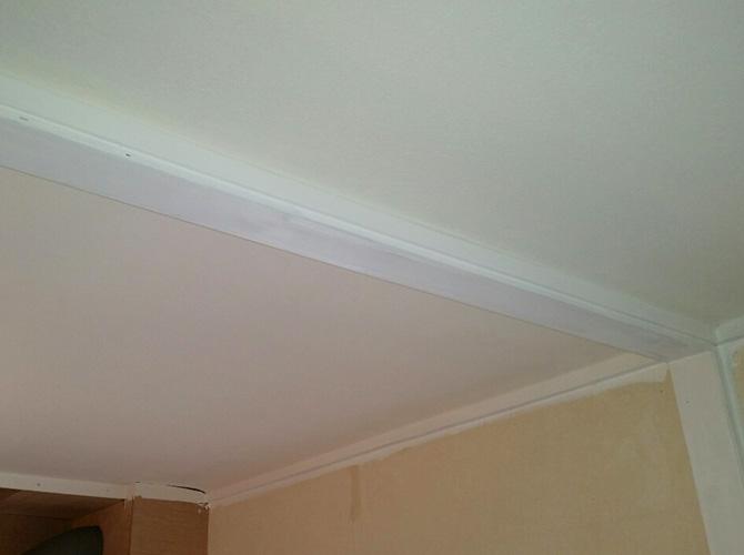 天井塗装の施工後のようすです。