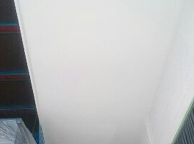 軒天塗装の施工完了後のようすです。