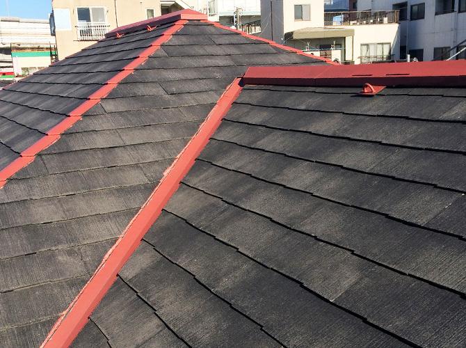 屋根鉄部のサビ止め塗装完了後です。