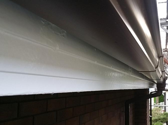 塗装工事と併せて雨樋の補修工事もお任せ下さい。