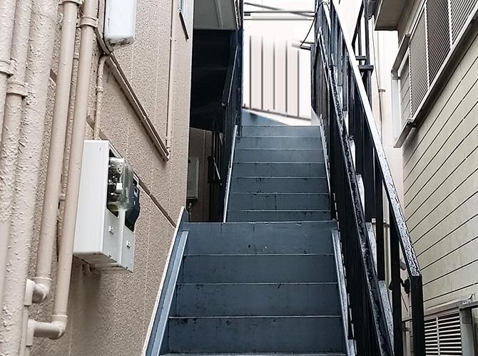東京都杉並区アパートの鉄部塗装・共用部改修工事の施工前