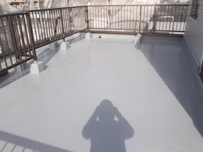 屋上全体の防水工事の施工完了後です。