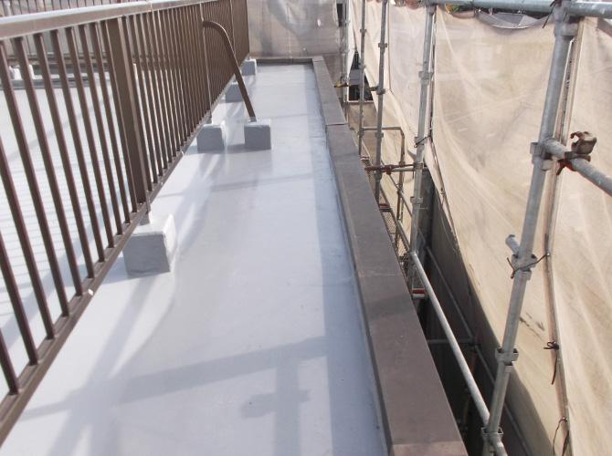 屋上防水と外壁塗装の同時工事も可能です。