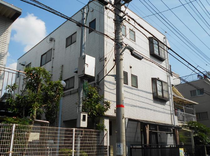 埼玉県戸田市ビルの外壁塗装・屋上防水工事の施工前