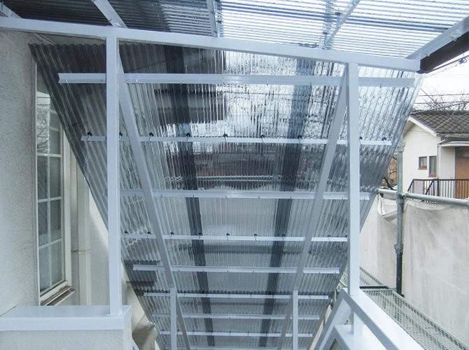 東京都小金井市アパートの外階段塗装工事の施工後