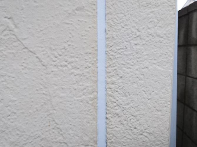 外壁目地のシーリング補修完了後です。