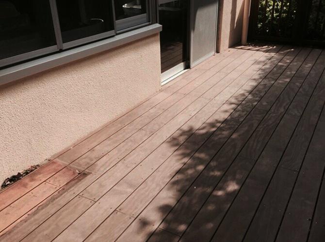練馬区保育園ウッドデッキ塗装工事の施工前