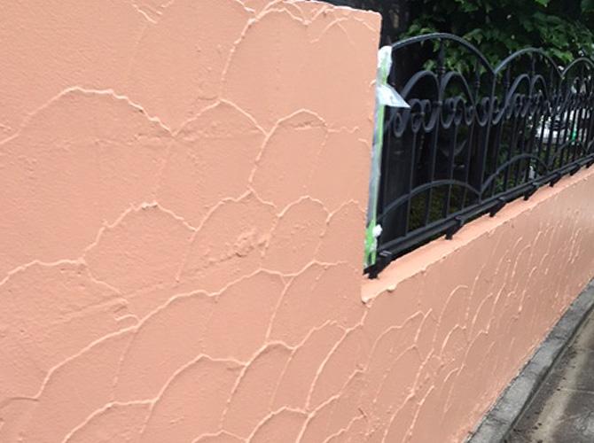 外構塗装の施工完了後のようすです。