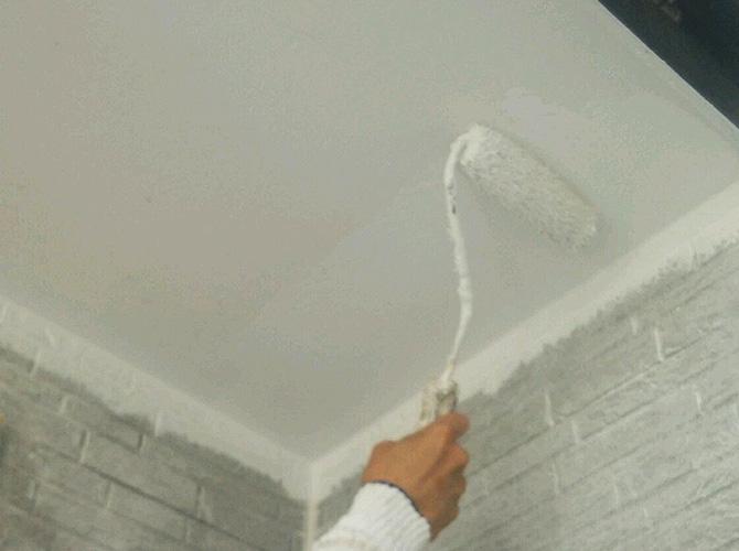 軒天など外壁付帯部の塗装もお任せください。