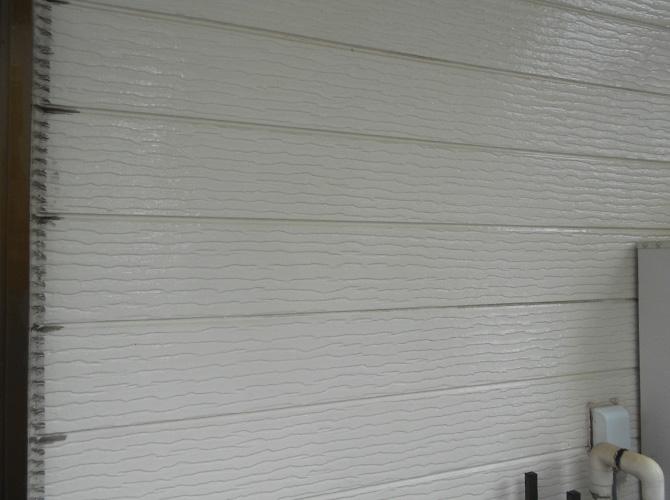 外壁の高圧洗浄施工前の状態です。