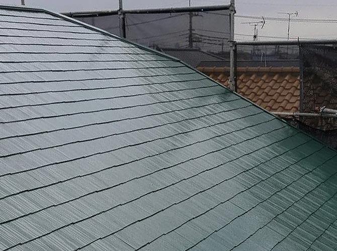 屋根塗装の施工完了後のようすです。