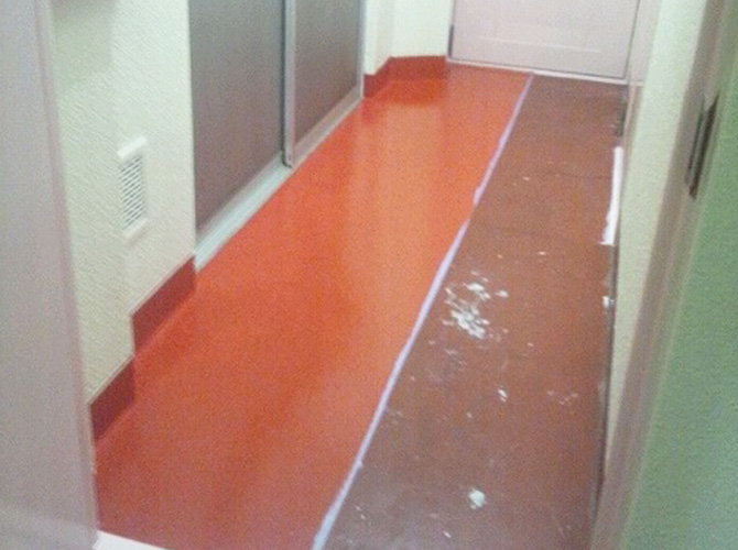 床の塗装工事施工後です。