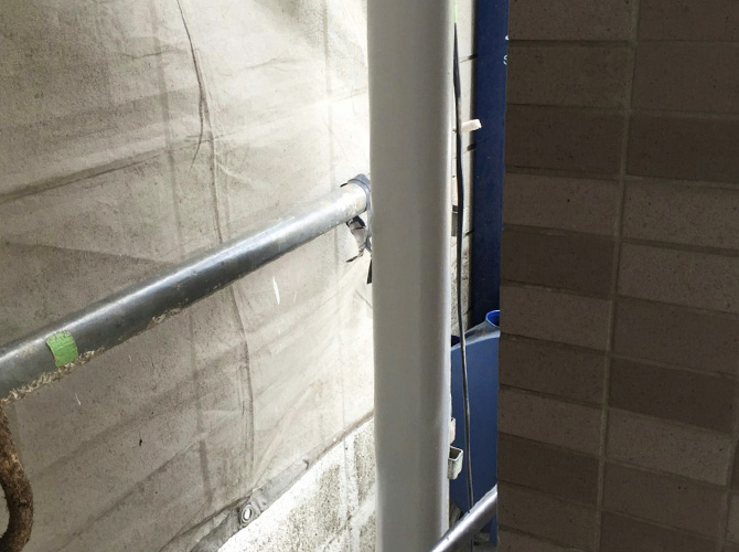 雨樋など外壁付帯部の塗装もおまかせ下さい。