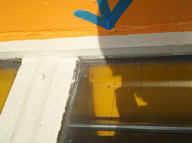 埼玉県さいたま市幼稚園のシール(コーキング)補修工事の施工前