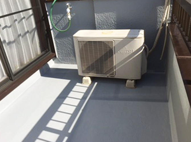 バルコニーの防水工事も外壁と同時施工可能です。
