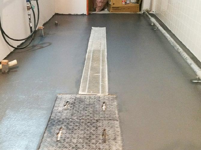 店舗床塗装の施工完了後のようすです。