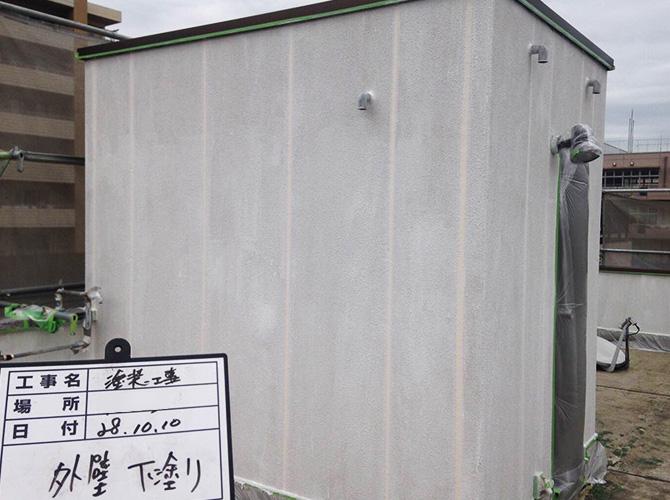 屋上設備なども同時に塗装可能です。