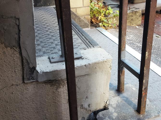 階段や外構など塗装工事はおまかせ下さい。