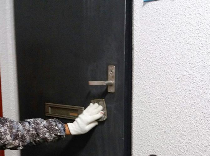 ドアのケレン