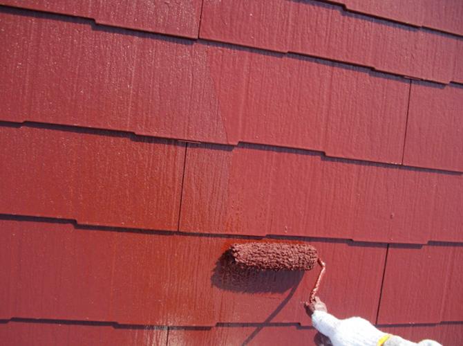 サーモアイSiは屋根の蓄熱を抑える遮熱塗料です。