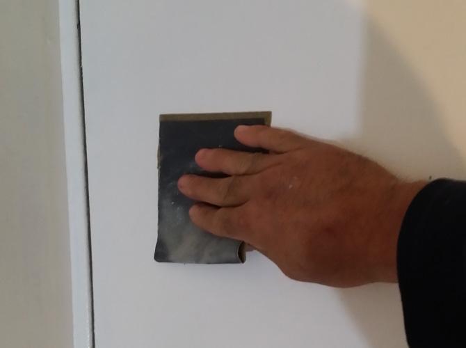 ドアのケレン清掃