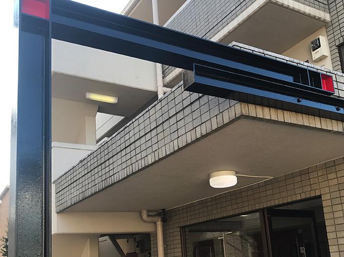 中野区マンションのエントランス鉄骨塗装工事の施工後