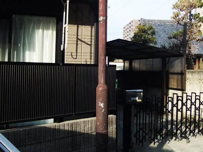 神奈川県川崎市の街路灯塗装工事の施工前