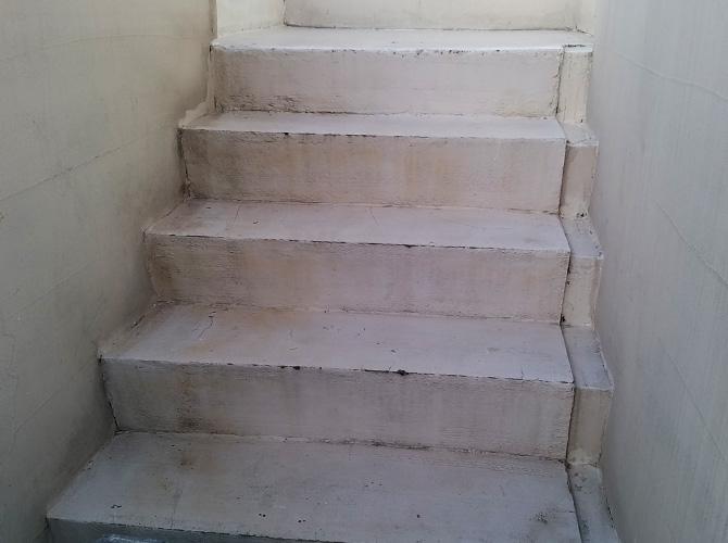 東京都渋谷区マンション階段塗装工事の施工前
