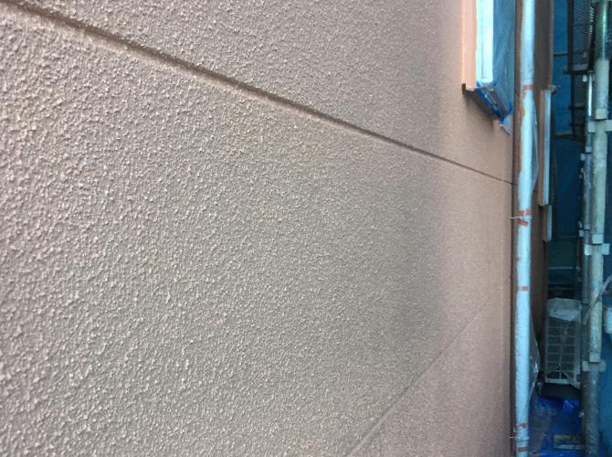 外壁塗装の中塗り完了後