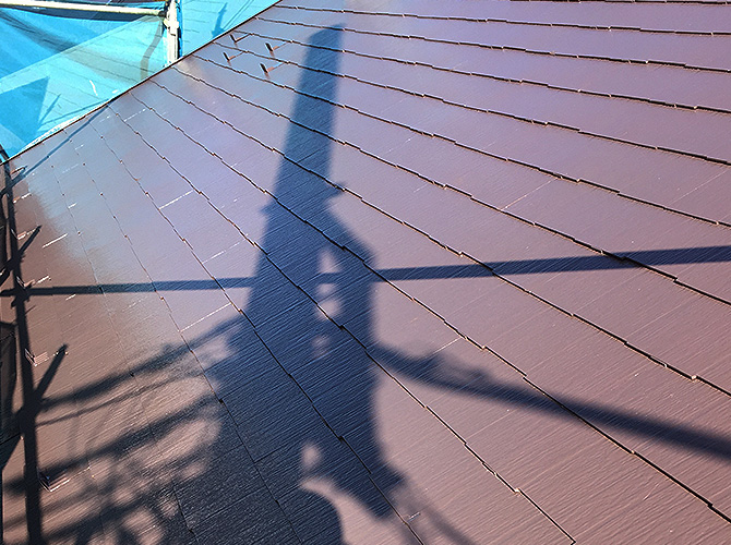 横須賀市戸建住宅の屋根塗装の上塗り完了後